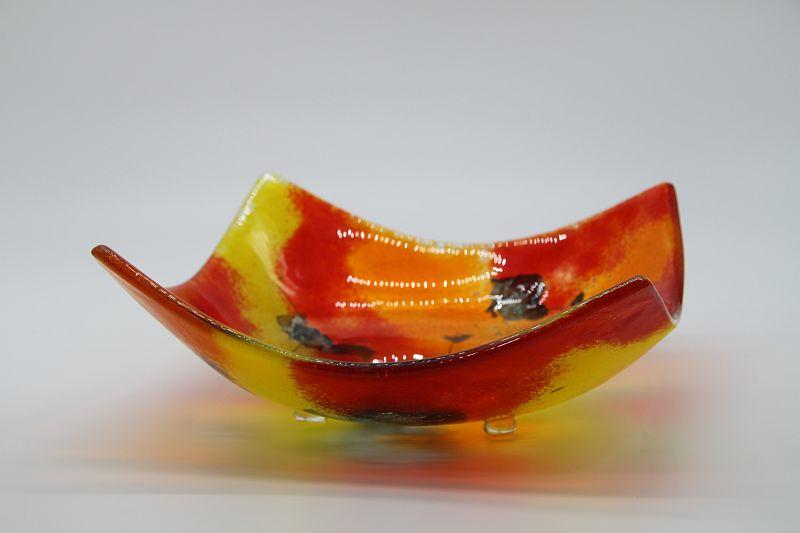 Glasschale eckig gelborange rot 2