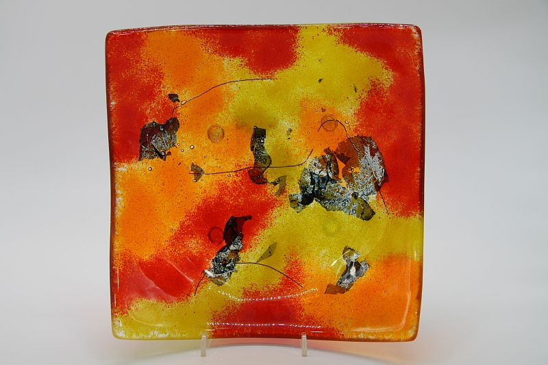 Glasschale eckig gelborange rot 3