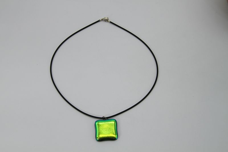 Glasschmuck Glaskette grün Metall 1