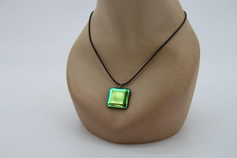 Glasschmuck Glaskette grün Metall 2