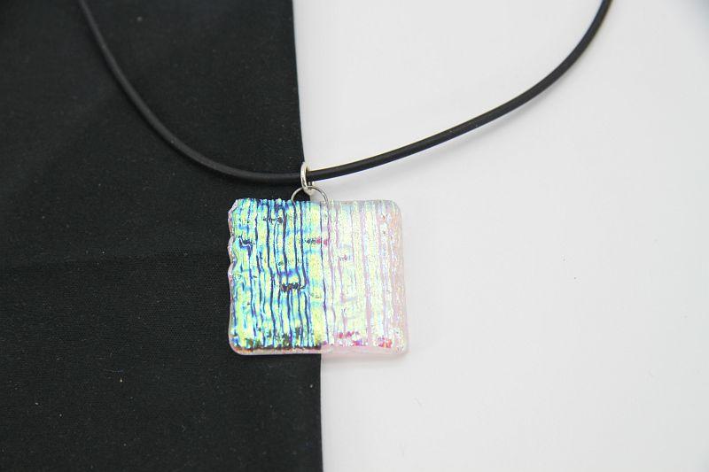 Glasschmuck Glaskette transparent blaue Streifen 2