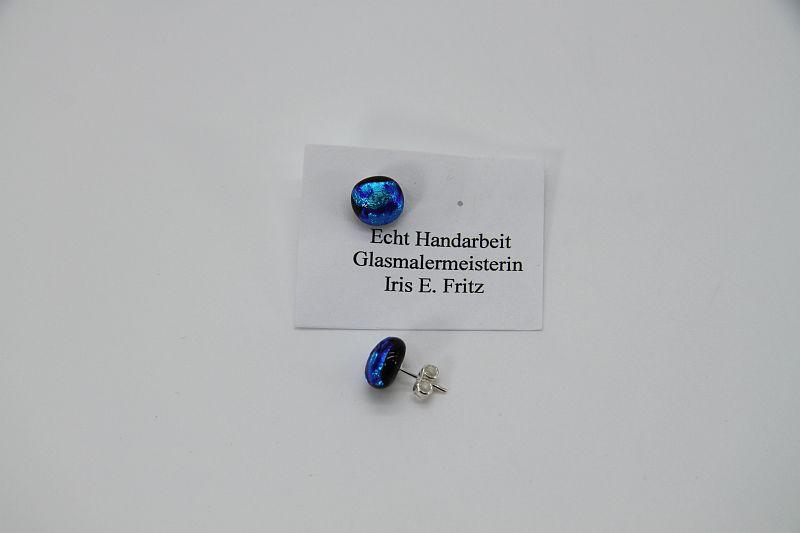 Glasschmuck Ohrstecker hellblau 1