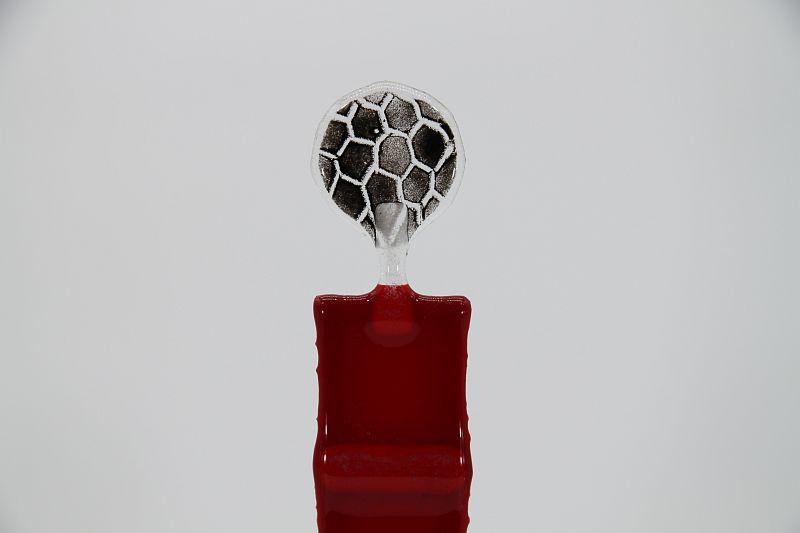 Glasfigur Fußballer rot transparent 2