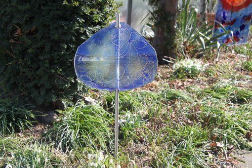 Gartenstele Glasstele Segel Blume dunkelblau hellblau 5
