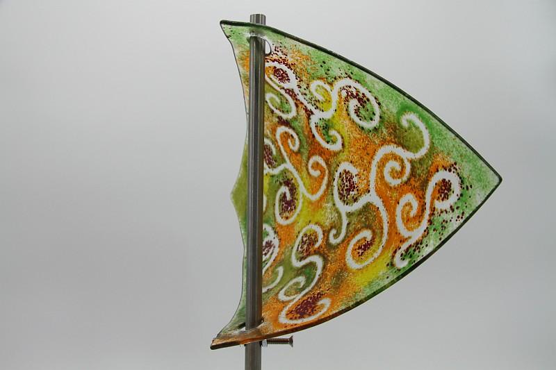 Gartenstele Glasstele Segel Ranke grün orange 3