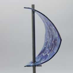 Gartenstele Glasstele Segel Ranke hellblau dunkelblau 3