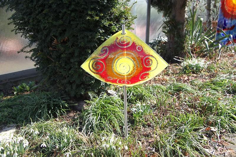 Gartenstele Glasstele Segel Sonne gelb rot 5